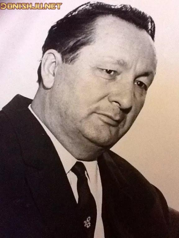 Мирсаид Миршакар (1912-1993)